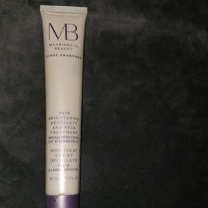 Cindy Crawford's Meaning Beauty Skin Brightening a